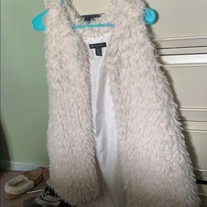 White winter vest/fall vest